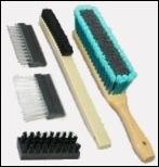 Staple Set Tufted Brushes